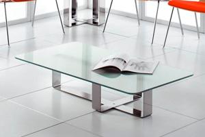 Limpieza de mesas de cristal